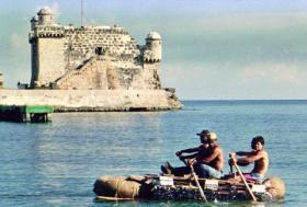 cubanos en balsas